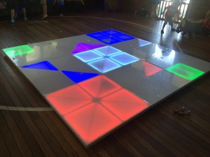 Light-up dance floor kids party
