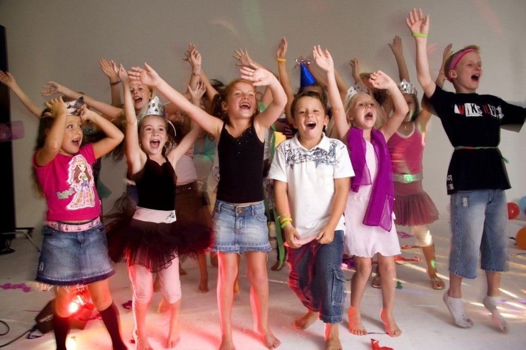 Весёлые танцевальные конкурсы для детей