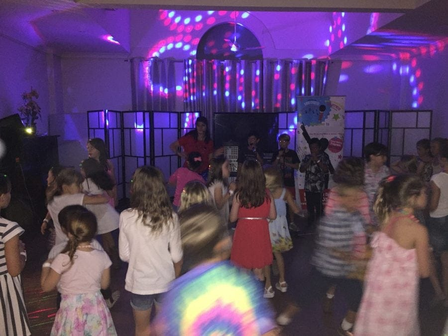 kids-birthday-venue-disco-karaoke-party