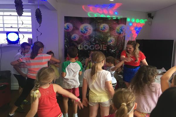 Karaoke parties  (2)