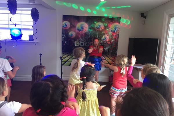 Karaoke party  (2)