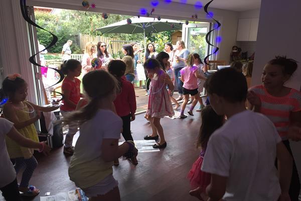 Karaoke party for children (3)
