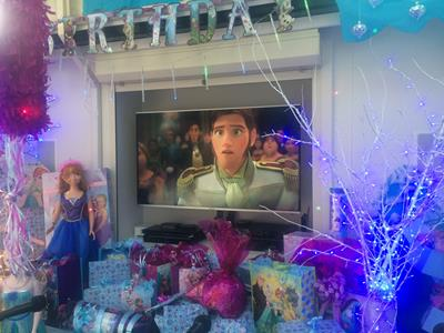 Frozen Party Decorations (5)