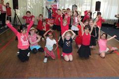 holiday-program-for-kids-dancing-singing-more-2