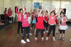 holiday-program-for-kids-dancing-singing-more-3